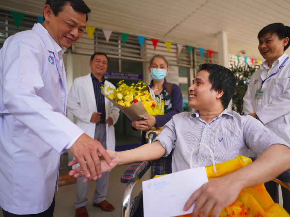 Bệnh nhân được BHYT chi trả 38,3 tỷ đồng chính thức xuất viện