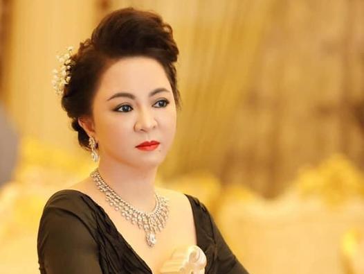 SỐC: Bà Phương Hằng ẩn ý bị 'IT ruột' đi quá giới hạn còn lên mặt dạy đời, cả hai trở mặt sau tất cả?