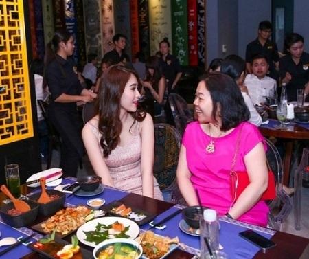 Bà Dương Thanh Thủy - Mẹ chồng tương lai Hoa hậu Thu Thảo