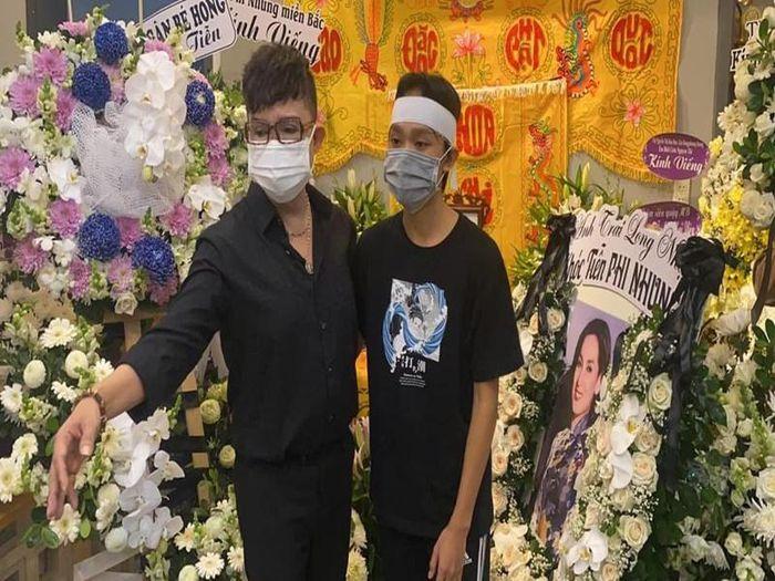 Hốt hoảng Hồ Văn Cường càng ngày càng gầy trơ xương sau khi mẹ nuôi Phi Nhung qua đời - Ảnh 4