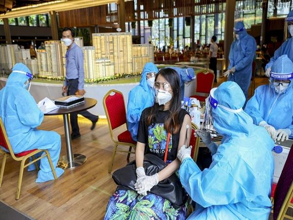 Hơn 90% người trên 18 tuổi tại TP. HCM đã tiêm vaccine mũi 1