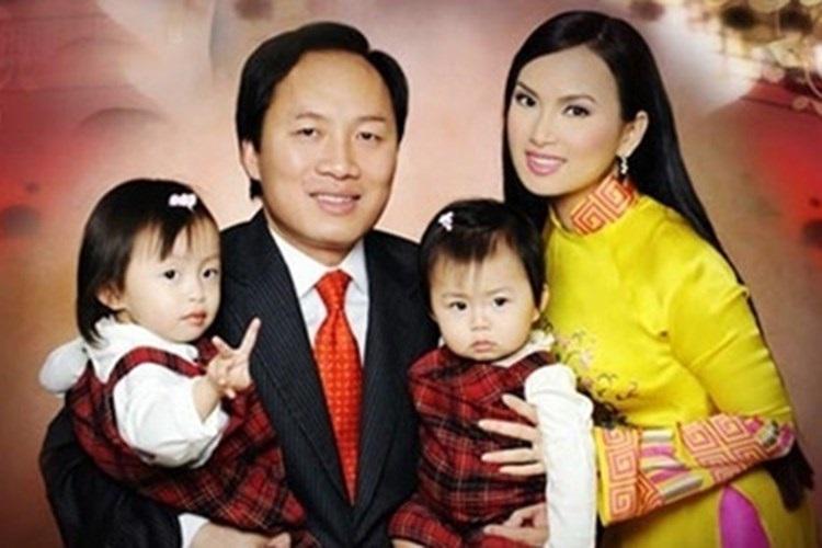 Lộ những hình ảnh hiếm hoi về hai cô con gái 'lá ngọc cành vàng' luôn được Hà Phương giấu kĩ - Ảnh 8