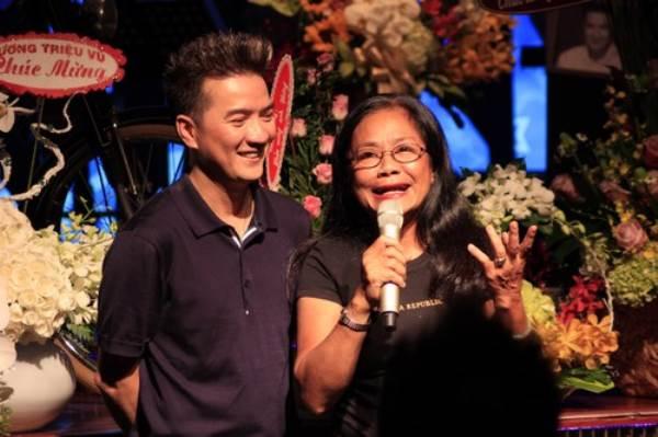 'Nếu không vay nợ giang hồ, mẹ Đàm Vĩnh Hưng sẽ là người sướng nhất Việt Nam' - Ảnh 2