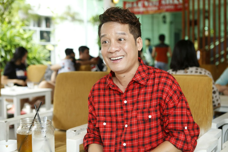 Minh Nhí: 'Mỗi ngày tôi đốt 2-3 cây vàng ở vũ trường, quán bar' - Ảnh 1