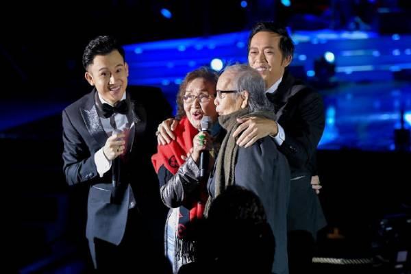 """Anh em Hoài Linh - Dương Triệu Vũ từng kể về tuổi thơ bên bố: """"Bố chưa bao giờ la mắng các con hay cãi nhau với vợ"""""""