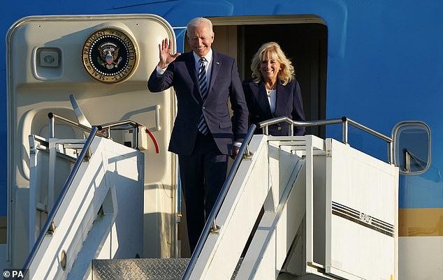Bị vợ 'mắng yêu' trên sóng truyền hình, phản ứng 'không phải dạng vừa' của Tổng thống Mỹ khiến dân mạng tan chảy - Ảnh 2