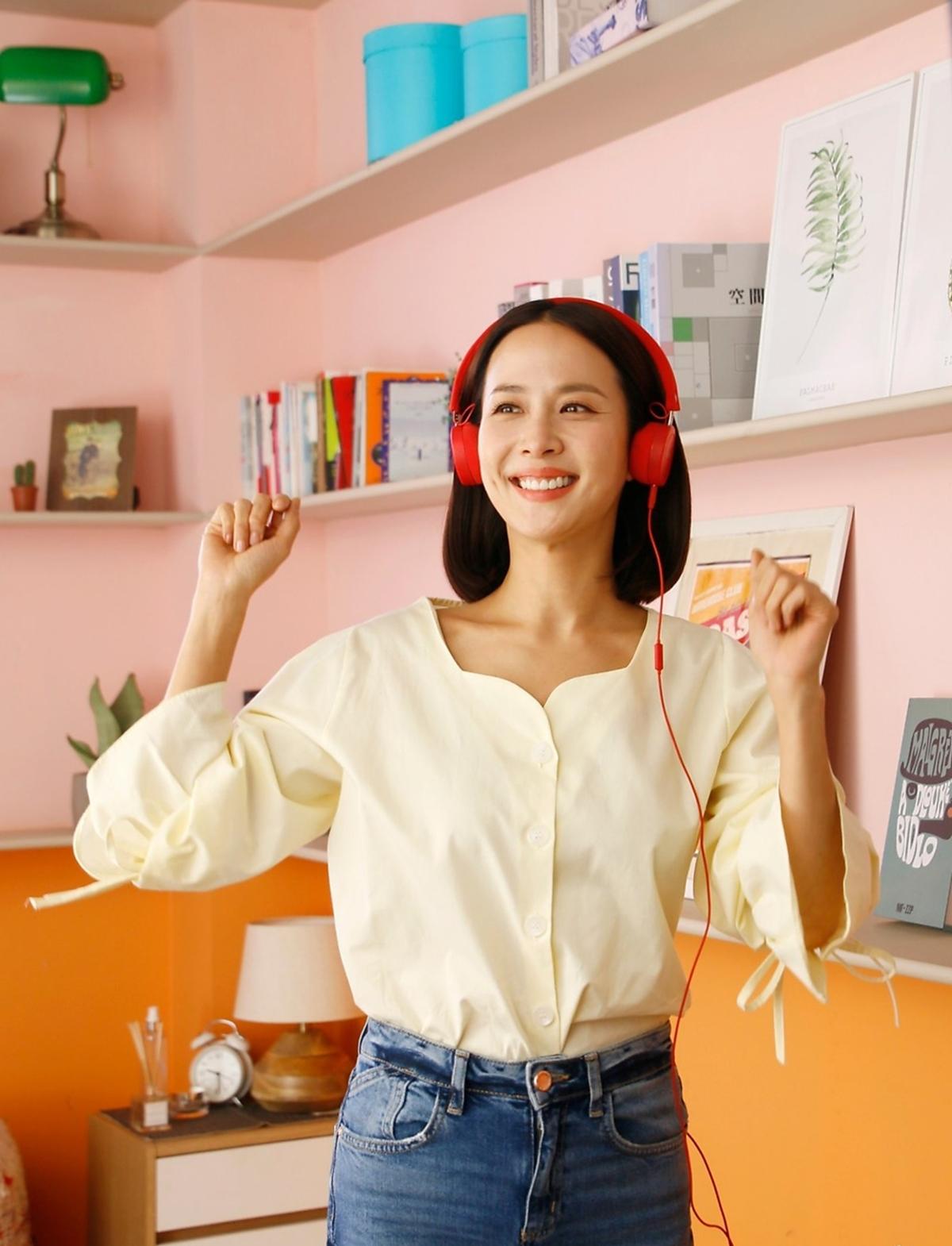 'Nữ hoàng cảnh nóng' Jo Yeo Jeong đẹp bất chấp thời gian, khoe 3 vòng 'bốc lửa' ở tuổi tứ tuần - Ảnh 4