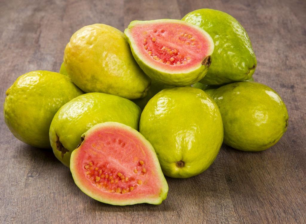 Dù có bổ đến mấy phụ nữ mang thai cũng không nên ăn những loại trái cây này, kẻo hại mất con hối hận cũng không kịp - Ảnh 1