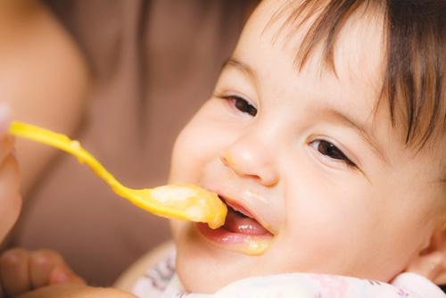 Đây là 3 lý do vì sao không nên nêm gia vị vào đồ ăn dặm cho trẻ dưới 1 tuổi - Ảnh 2