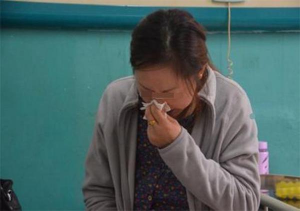 Mang bầu hơn 4 tháng mới biết, mẹ trẻ khóc nghẹn nhìn con sinh ra dị tật vì lỡ làm 'chuyện cấm' - Ảnh 1
