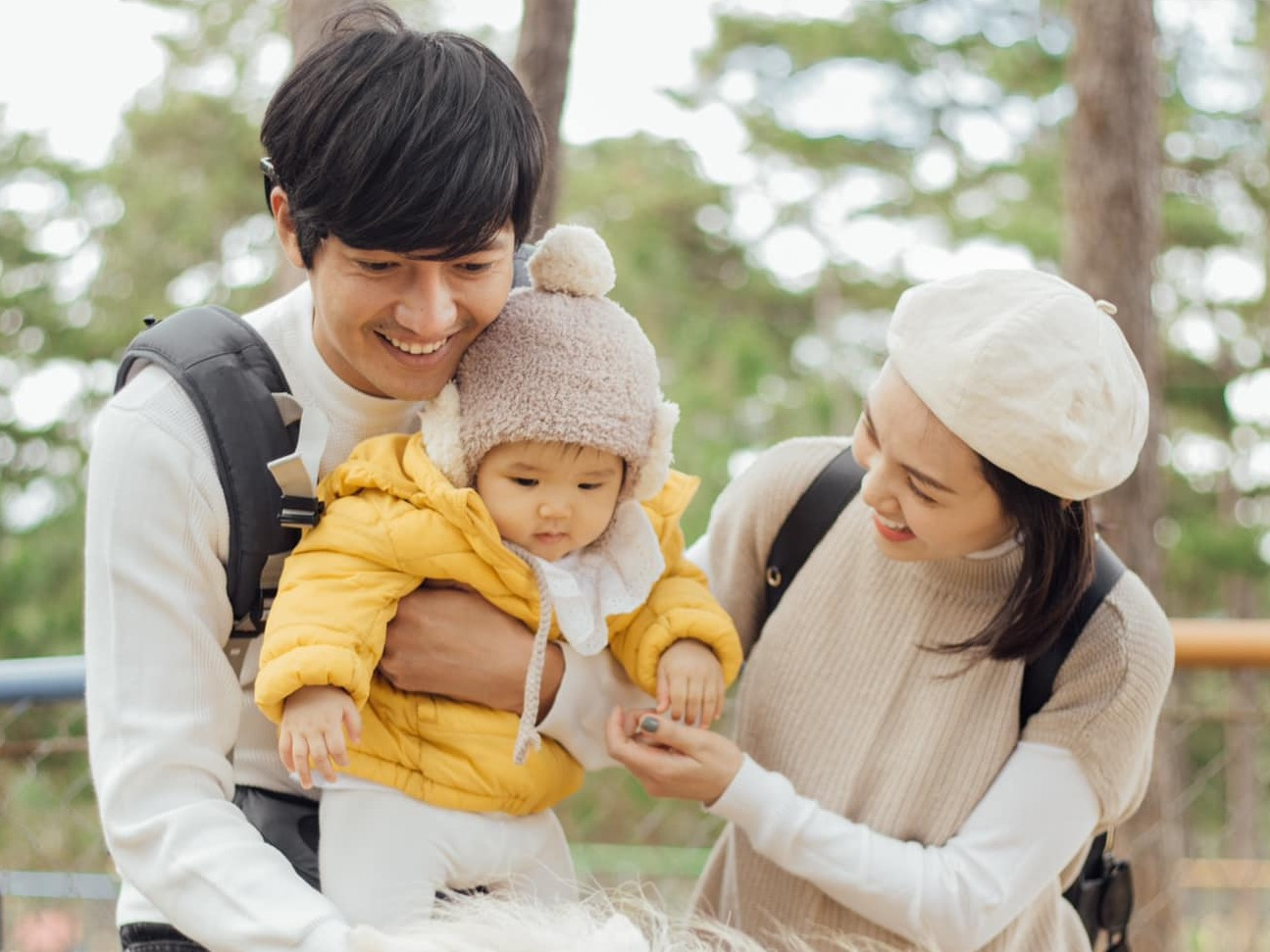 Trước loạt biểu cảm đáng yêu của con cưng nhà Quang Tuấn – Linh Phi, dân mạng thắc mắc: 'Xin lỗi, vẫn chưa thấy ra con gái'