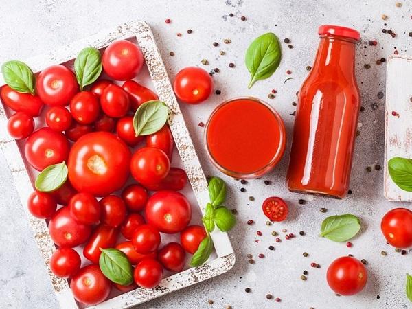Nước ép cà chua và những công dụng tuyệt vời đối với sức khỏe