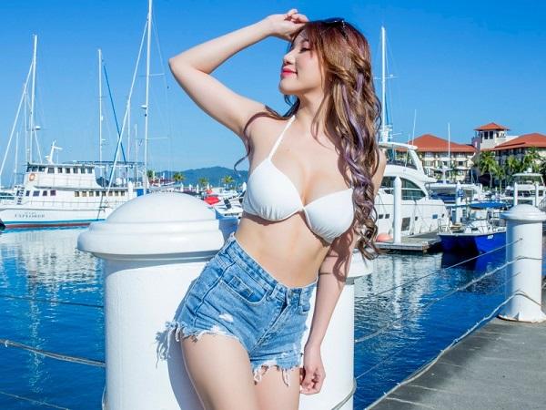 Bị nghi ngờ nhan sắc thật, hot girl 'LÊN SÓNG' trực tiếp chứng minh thân hình đẹp tự nhiên, khiến nhiều người MÊ MỆT