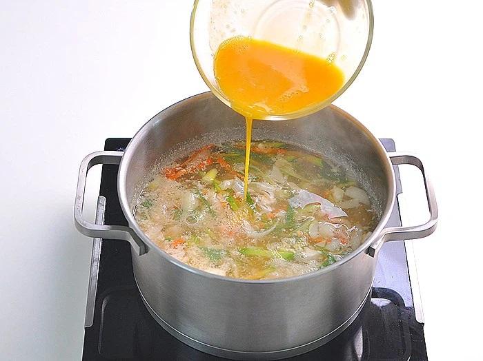 Món súp này ăn khuya hay ăn sáng đều cực đỉnh, nhẹ bụng lại giúp da dẻ căng mịn đẹp xinh - Ảnh 7