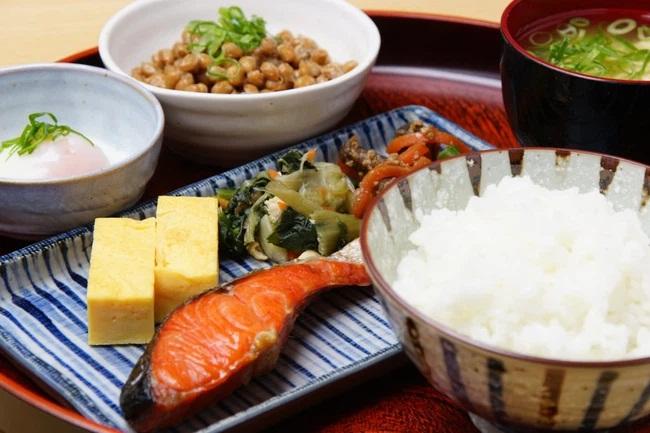 Nữ diễn viên Nhật Bản thường ăn những loại thực phẩm này khiến tim đập nhanh, 9 mạch máu bị tắc nghẽn, có thể đột quỵ bất cứ lúc nào - Ảnh 2