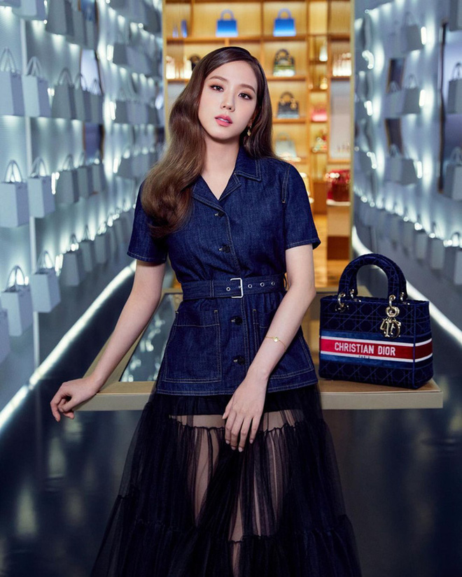 Jisoo (BLACKPINK) gây bão MXH chỉ với 1 bức ảnh: Danh xưng 'Hoa hậu Hàn Quốc' đúng là không tự nhiên mà có! - Ảnh 3