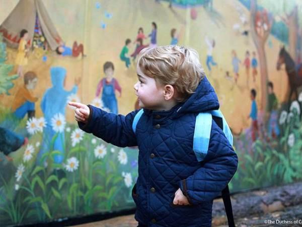 Khoảnh khắc ngày đầu tới trường của những công chúa, hoàng tử bé - Ảnh 1