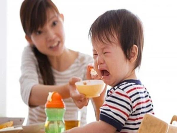 3 loại thực phẩm hút cạn canxi khiến trẻ còi dí, ăn mãi không cao lớn, cha mẹ phải bỏ ngay