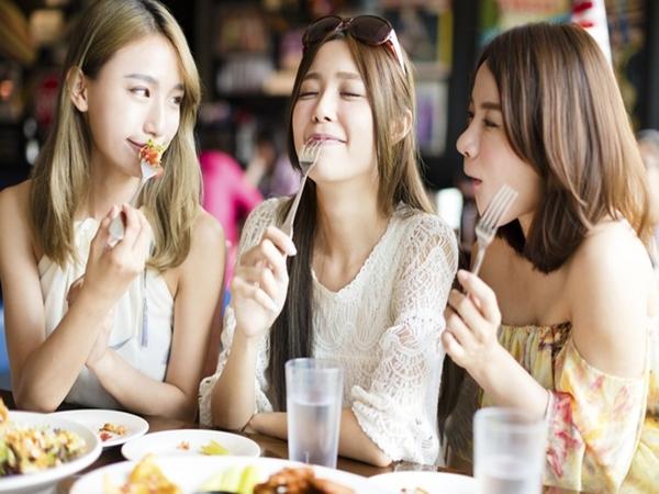 4 mẹo nhỏ giúp làm giảm cảm giác thèm ăn linh tinh trong ngày