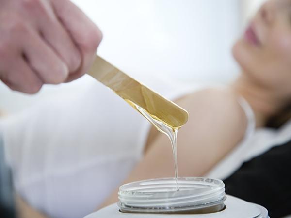 5 cách triệt lông nách giúp bạn tự tin với vùng da dưới cánh tay nhẵn mịn