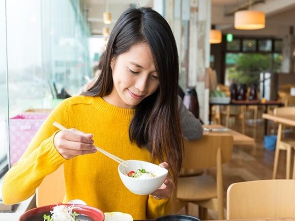 Áp dụng ngay những bí quyết này của phụ nữ Nhật Bản để luôn tươi trẻ mỗi ngày