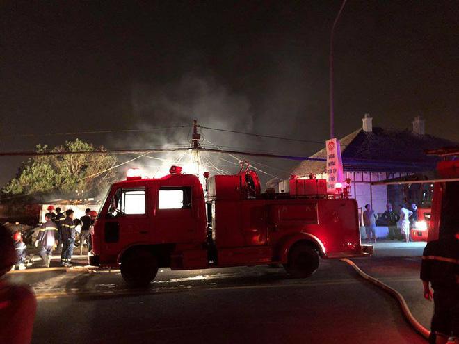 Cháy khu biệt thự cổ số 13 ở Đà Lạt khiến 5 người tử vong, nạn nhân nhỏ nhất mới 14 tuổi - Ảnh 1