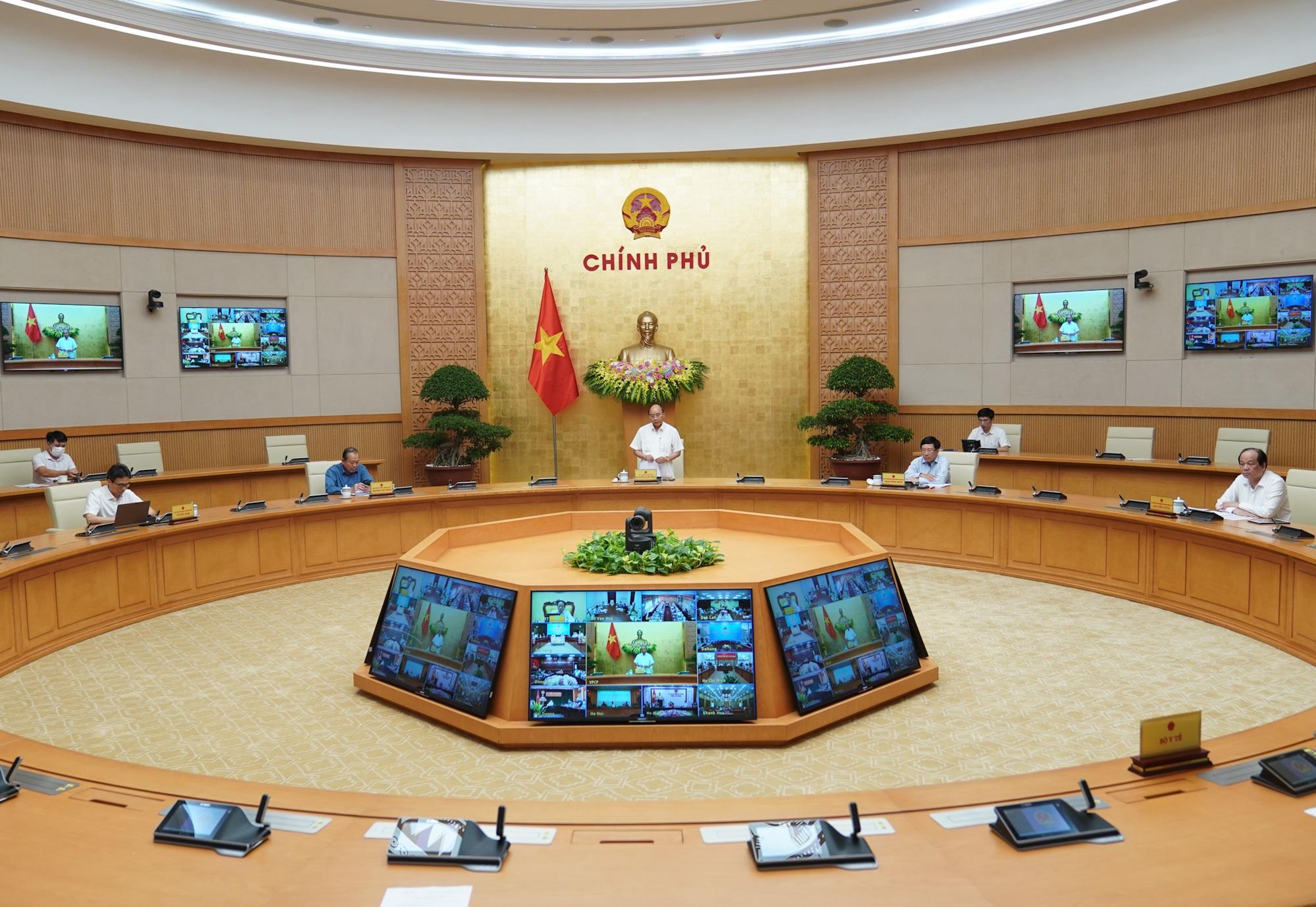 Thủ tướng: Không thể coi thường tính mạng của người dân, nhưng không thể đóng cửa mọi hoạt động - Ảnh 2