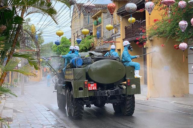 Từ 0 giờ ngày 13/8, Quảng Nam tạm dừng một số hoạt động để phòng, chống dịch bệnh Covid-19 - Ảnh 1