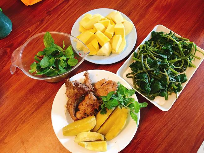 Hội chị em giảm cân không thể bỏ qua loạt thực đơn khoai lang ăn cả tuần không chán do 9X mặt đẹp dáng xinh chia sẻ - Ảnh 5