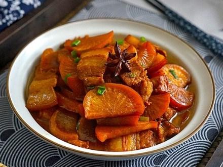 Ba chỉ heo hầm củ cải trắng đưa cơm, đậm hương vị gia đình - Ảnh 1