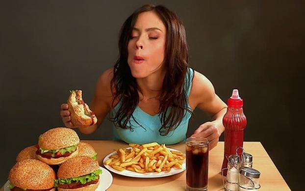 6 dấu hiệu chứng tỏ bạn đang có một chế độ ăn uống không phù hợp với cơ thể - Ảnh 2