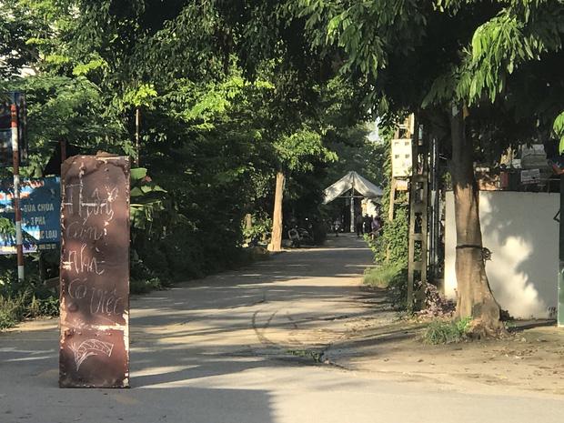 """Vụ mẹ và thai nhi cùng tử vong tại bệnh viện ở Hà Nội: """"Tôi và nó vẫn thường đùa nhau rằng sau này làm thông gia nhé"""" - Ảnh 1"""