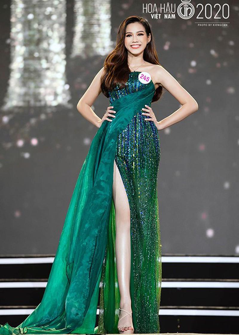 Đỗ Thị Hà phá 'lời nguyền nhan sắc' lúc đăng quang của Hoa hậu Việt - Ảnh 7