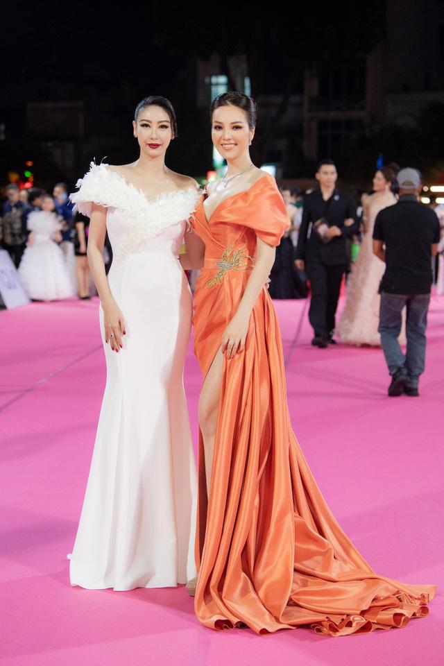 Hà Kiều Anh tiết lộ về lý do chọn Hoa hậu Đỗ Thị Hà - Ảnh 2