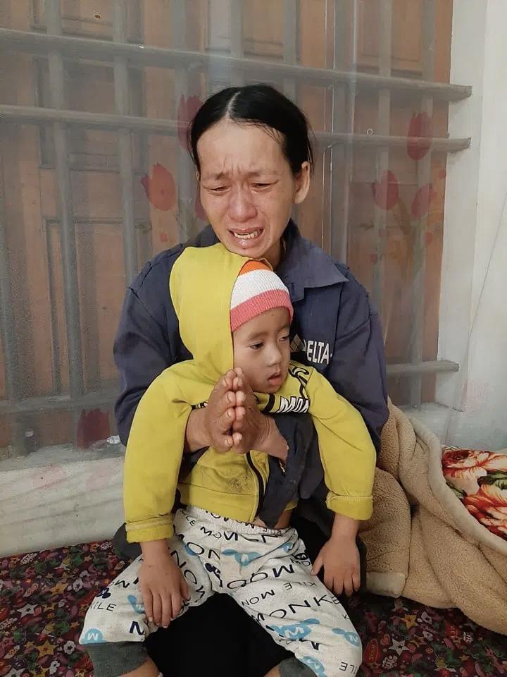 4 đứa con sinh ra đều lần lượt chết yểu, người mẹ đau đớn chắp tay khẩn cầu cộng đồng cứu lấy đứa con còn lại - Ảnh 6