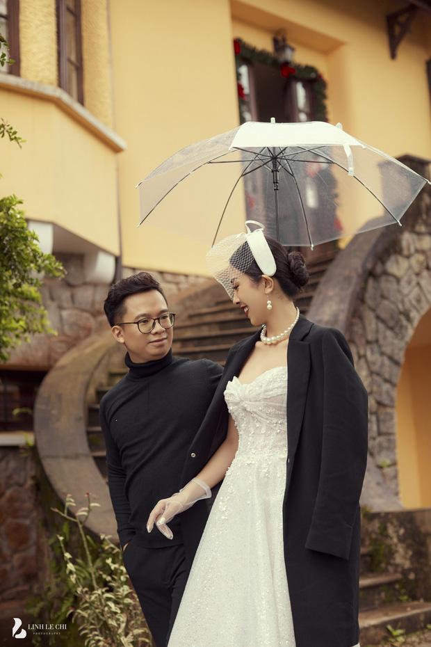 Á hậu Thuý An tung ảnh cưới lung linh trước thềm hôn lễ: Nhan sắc cô dâu 'đỉnh của chóp', e ấp bên chú rể hơn 12 tuổi! - Ảnh 10