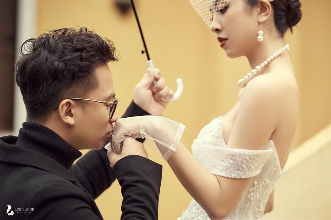 Á hậu Thuý An tung ảnh cưới lung linh trước thềm hôn lễ: Nhan sắc cô dâu 'đỉnh của chóp', e ấp bên chú rể hơn 12 tuổi! - Ảnh 9