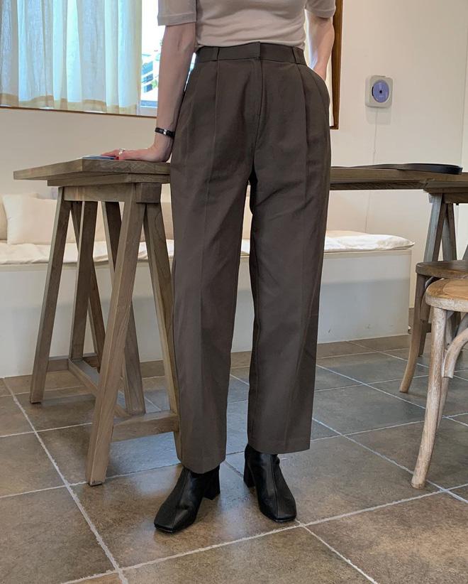 Mải diện quần đen, nhiều nàng không hề biết quần nâu cực sang và 'tây', không sắm là thiệt - Ảnh 8
