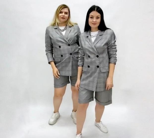 2 cô gái 'mặc chung đồ' chứng minh thời trang không phụ thuộc vào số đo - Ảnh 2
