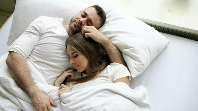 Xuất hiện 3 dấu hiệu này chứng tỏ chức năng tình dục suy giảm: Hãy xem bạn thế nào? - Ảnh 2