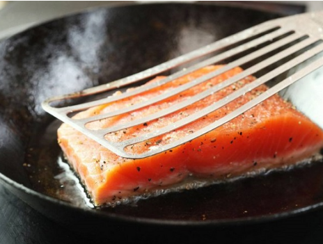 Cá hồi áp chảo thơm ngon bổ dưỡng cực kì dễ làm - Ảnh 3