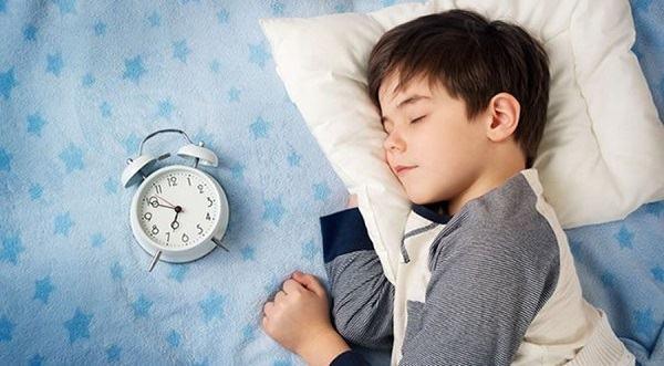 5 nguyên tắc hàng đầu giúp trẻ tăng sức đề kháng trong mùa dịch COVID-19 - Ảnh 2