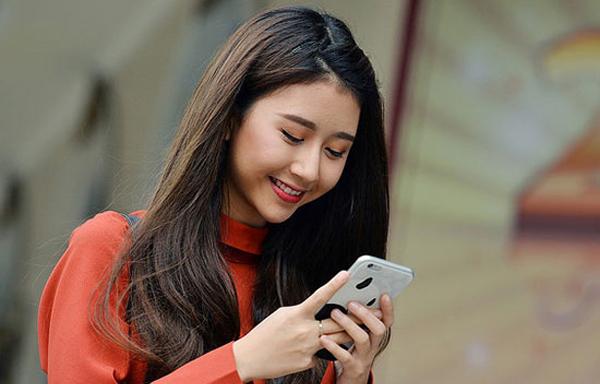 5 kiểu tin nhắn nếu vợ gửi chồng mỗi ngày sẽ khiến gia đình ngày càng hạnh phúc - Ảnh 1