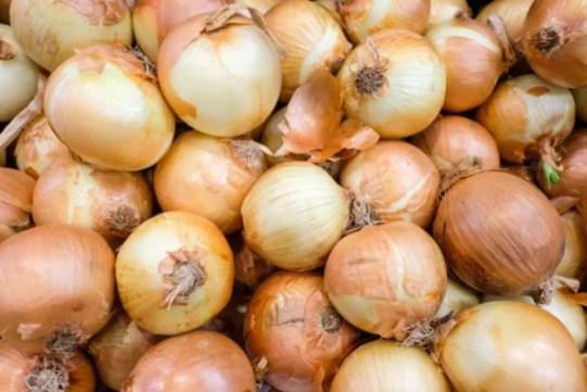 5 loại rau củ ăn sống tốt gấp tỷ lần, nấu chín làm mất chất thậm chí còn gây họa - Ảnh 2