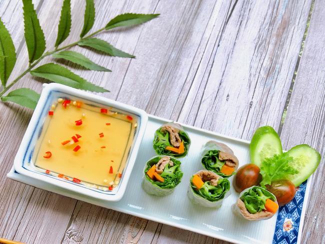 Có một món cuốn giúp bữa ăn ngày hè nhanh gọn lại còn mang về kì tích giảm cân cực hiệu quả cho chị em - Ảnh 7