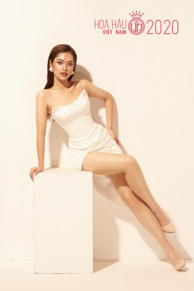 Lộ diện ứng viên Hoa hậu Việt Nam 2020 chuẩn 'nhà người ta': Nét cực Tây, học lực khủng còn có thành tích ở Miss World - Ảnh 3