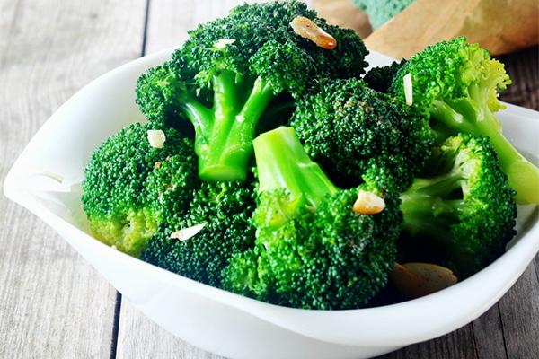 7 loại thực phẩm giúp ngăn ngừa bệnh ung thư da - Ảnh 6