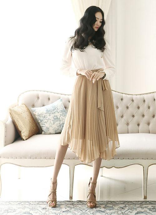 Gợi ý cách mix đồ với chân váy cực xinh cho các nàng diện ngay Tết này - Ảnh 6