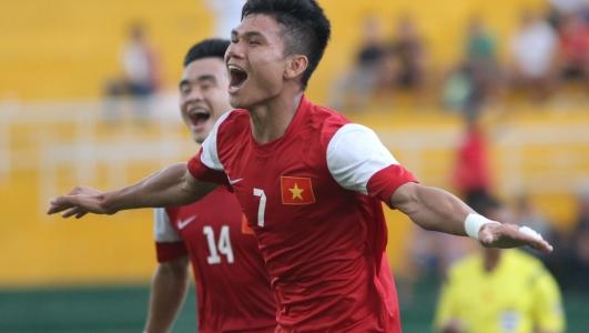 Gia cảnh khó khăn của các cầu thủ U23 khiến người hâm mộ thắt lòng - Ảnh 4