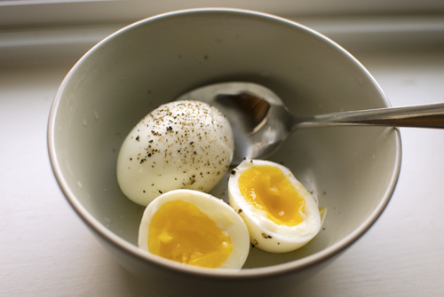 Muốn giảm cân nhanh, hãy áp dụng thực đơn ăn trứng gà luộc trong vòng 7 ngày này - Ảnh 1